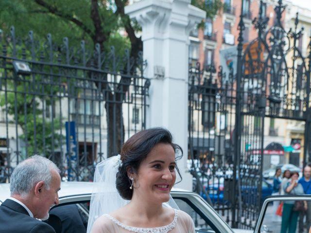 La boda de Jorge y Lucía en Madrid, Madrid 8