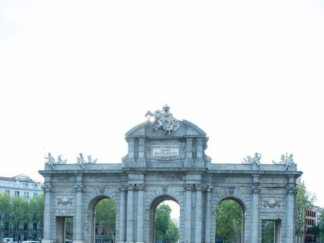 La boda de Jorge y Lucía en Madrid, Madrid 21