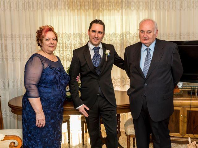 La boda de Miguel y Libertad en Valencia, Valencia 3