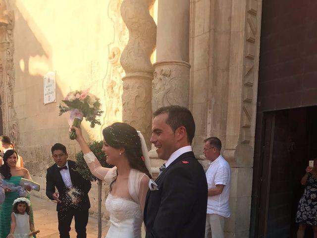 La boda de Marcos y Natalia  en Alacant/alicante, Alicante 8