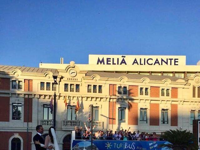 La boda de Marcos y Natalia  en Alacant/alicante, Alicante 1