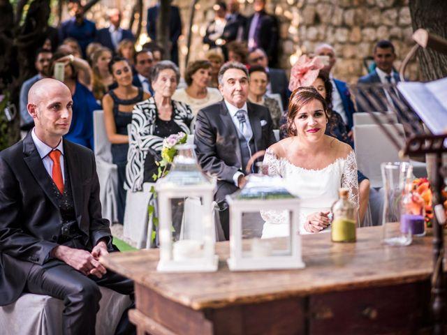 La boda de David y Bea en Chinchon, Madrid 23