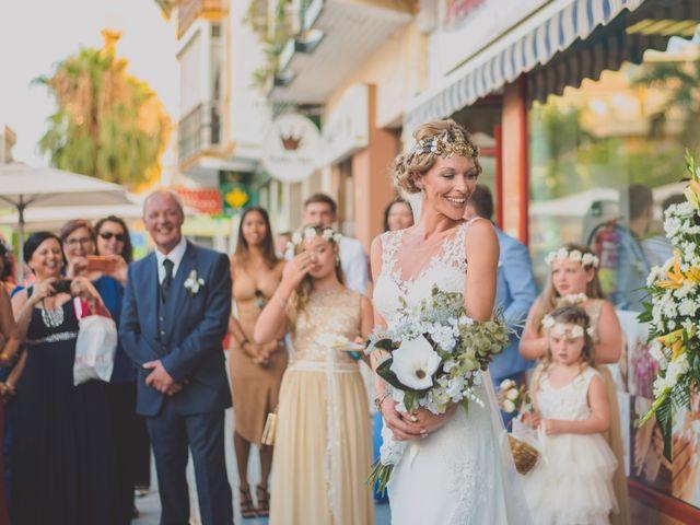 La boda de Iván y Lyndsay en Torre Del Mar, Málaga 24