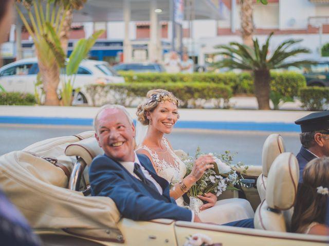 La boda de Iván y Lyndsay en Torre Del Mar, Málaga 25