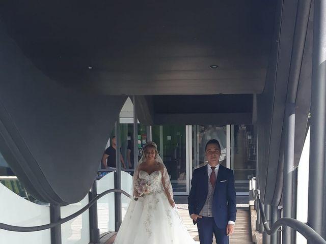 La boda de Elena y Adrián  en Zaragoza, Zaragoza 8