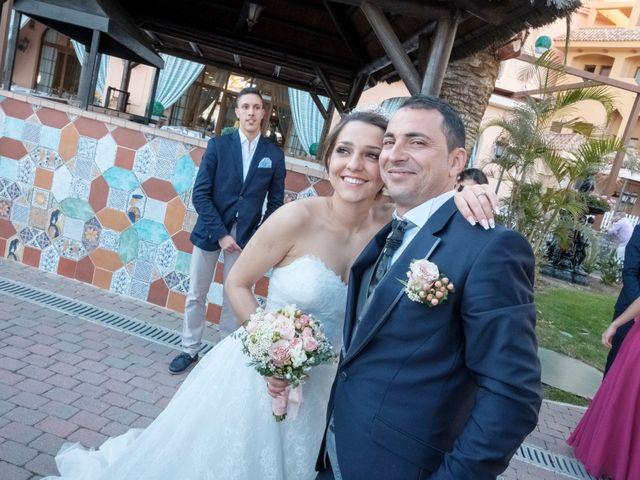 La boda de Alberto y Emily en Benalmadena Costa, Málaga 13