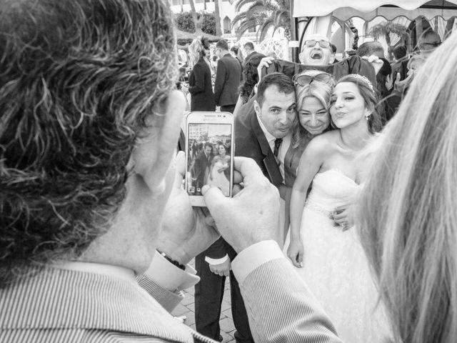 La boda de Alberto y Emily en Benalmadena Costa, Málaga 15