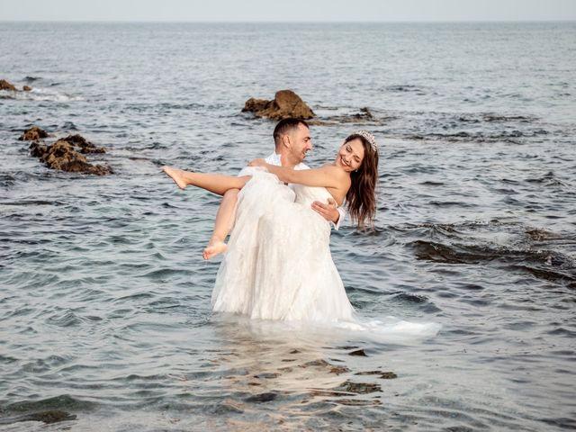 La boda de Alberto y Emily en Benalmadena Costa, Málaga 35