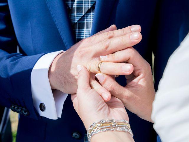 La boda de Juan y Lara en Mogro, Cantabria 32