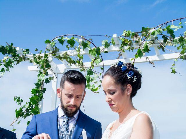 La boda de Juan y Lara en Mogro, Cantabria 38
