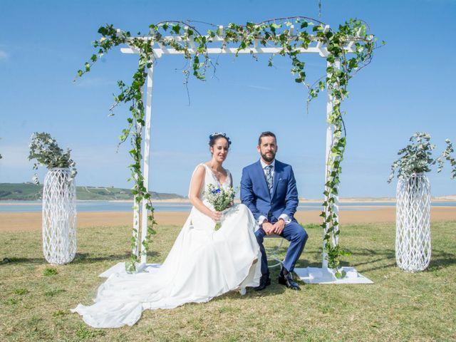 La boda de Juan y Lara en Mogro, Cantabria 41