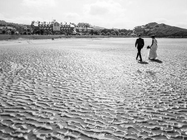 La boda de Juan y Lara en Mogro, Cantabria 49