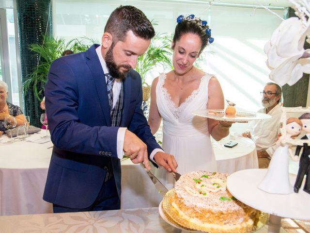 La boda de Juan y Lara en Mogro, Cantabria 55