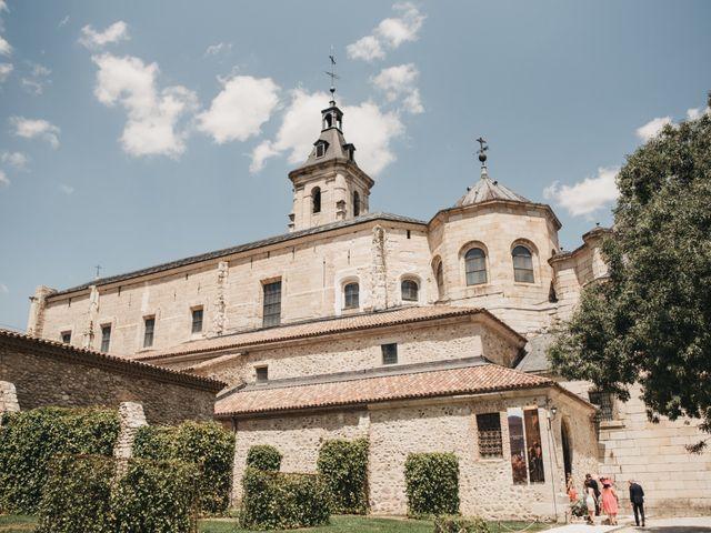 La boda de Santi y María en Rascafria, Madrid 16
