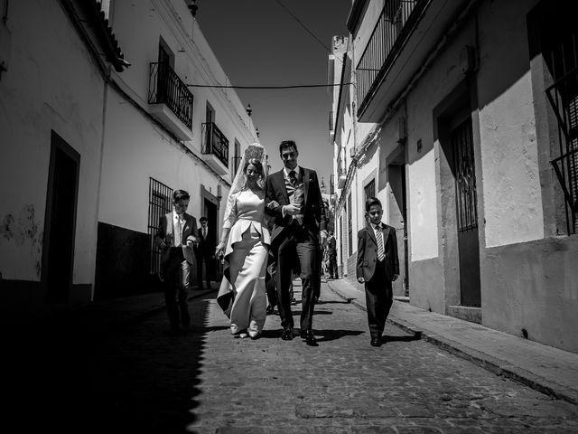 La boda de Jose y Raquel en Salvatierra De Los Barros, Badajoz 16