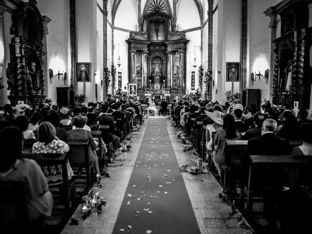 La boda de Jose y Raquel en Salvatierra De Los Barros, Badajoz 21