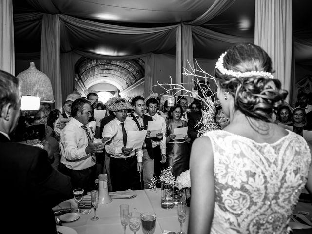 La boda de Jose y Raquel en Salvatierra De Los Barros, Badajoz 31