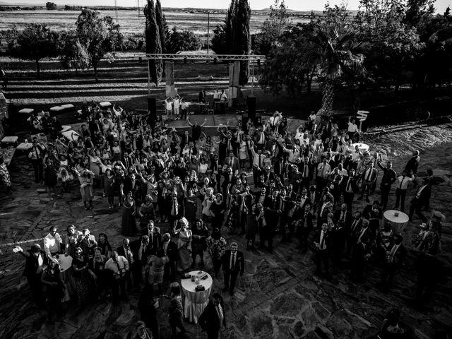 La boda de Jose y Raquel en Salvatierra De Los Barros, Badajoz 36