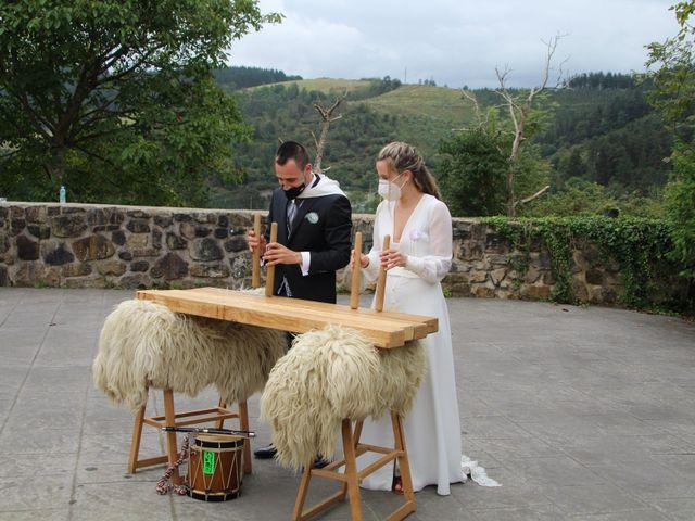 La boda de Miriam y Alexander en Bilbao, Vizcaya 6