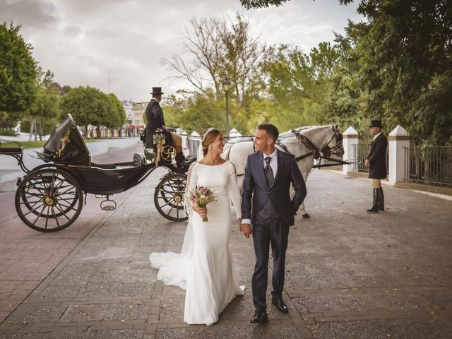 La boda de Rocío y José María en Las Cabezas De San Juan, Sevilla 15