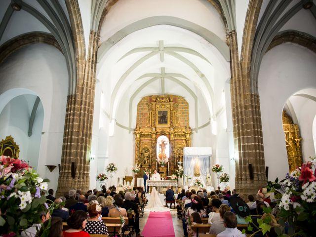 La boda de Antonio Luis y Carmen en La Parra, Badajoz 18