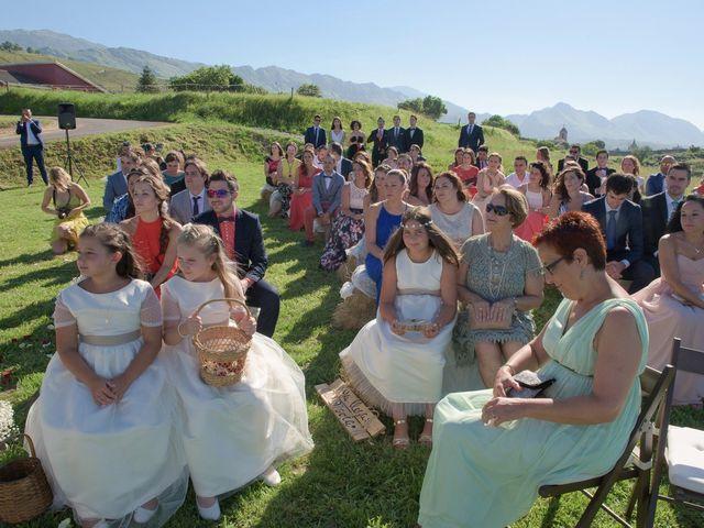 La boda de Alberto y Tamara en Cue, Asturias 18