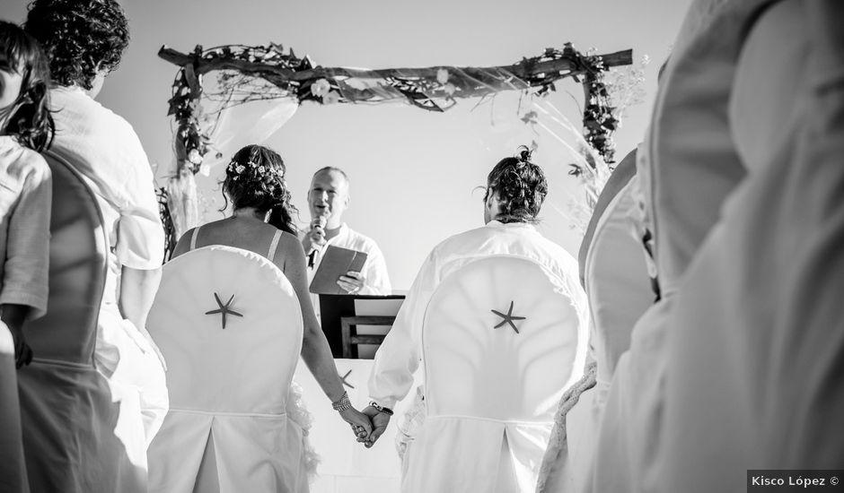 La boda de Gustavo y Inés en La/villajoyosa Vila Joiosa, Alicante