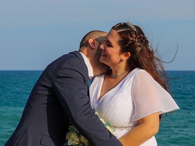 La boda de Alex y Flor en Vilanova I La Geltru, Barcelona 21