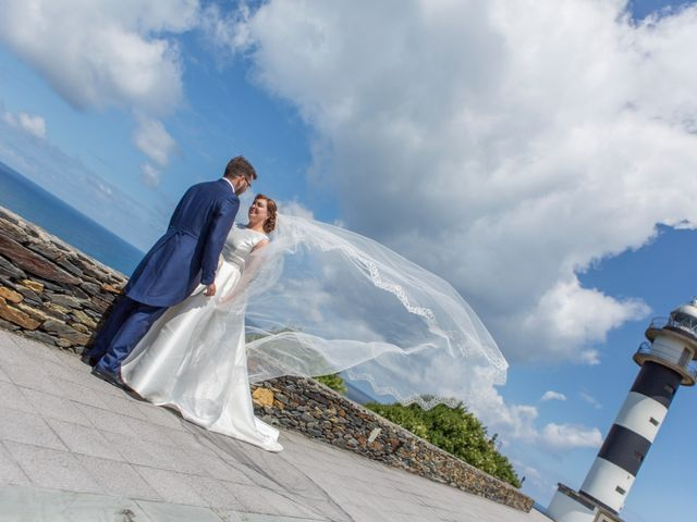 La boda de Aitor y Judit en Navia, Asturias 1