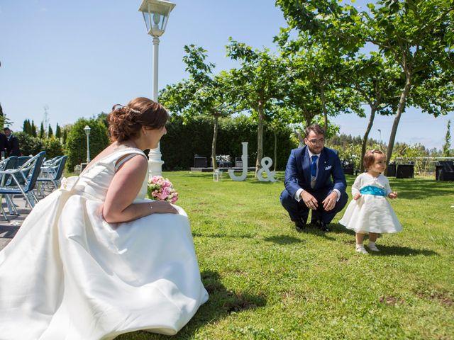 La boda de Aitor y Judit en Navia, Asturias 14