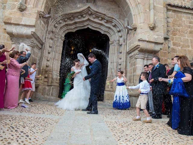La boda de Oscar y M. Jose en Mora, Toledo 13