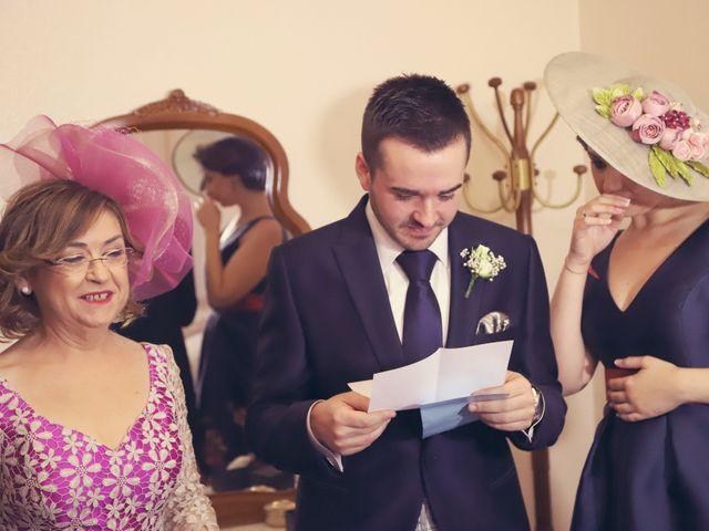 La boda de Rubén y Belén en Villena, Alicante 6
