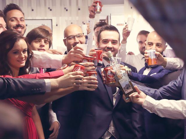 La boda de Rubén y Belén en Villena, Alicante 12