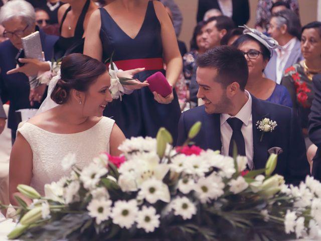 La boda de Rubén y Belén en Villena, Alicante 27