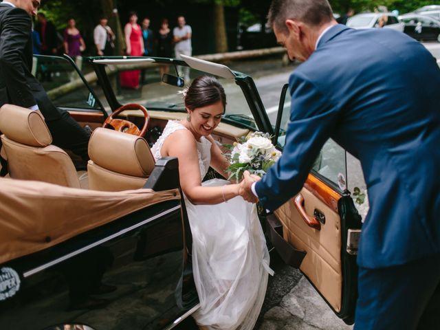 La boda de Iñaki y Raquel en Hondarribia, Guipúzcoa 27