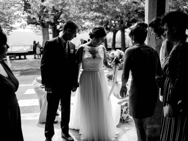 La boda de Iñaki y Raquel en Hondarribia, Guipúzcoa 28