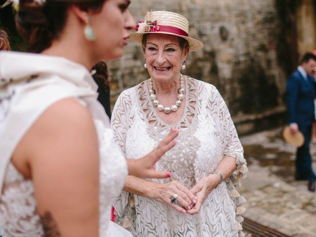 La boda de Iñaki y Raquel en Hondarribia, Guipúzcoa 49