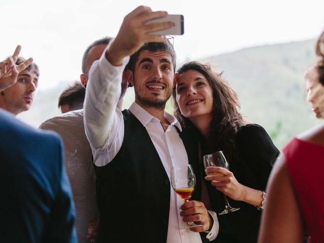 La boda de Iñaki y Raquel en Hondarribia, Guipúzcoa 65