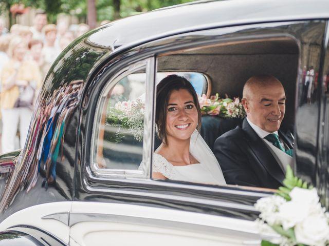 La boda de Borja y Amaia en Donostia-San Sebastián, Guipúzcoa 16