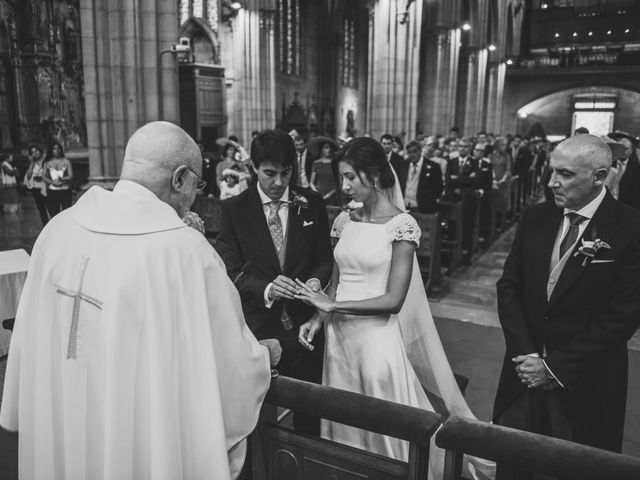 La boda de Borja y Amaia en Donostia-San Sebastián, Guipúzcoa 23