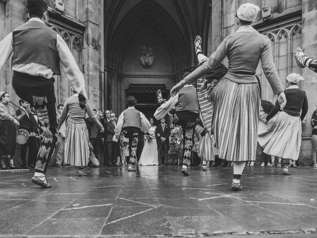 La boda de Borja y Amaia en Donostia-San Sebastián, Guipúzcoa 27