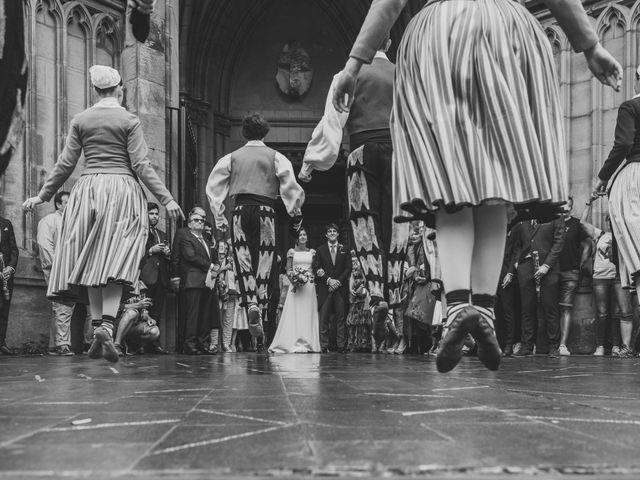 La boda de Borja y Amaia en Donostia-San Sebastián, Guipúzcoa 28