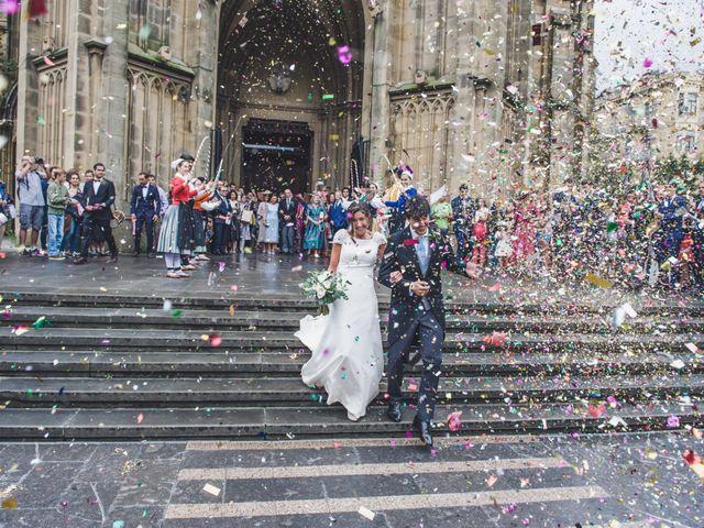 La boda de Borja y Amaia en Donostia-San Sebastián, Guipúzcoa 31