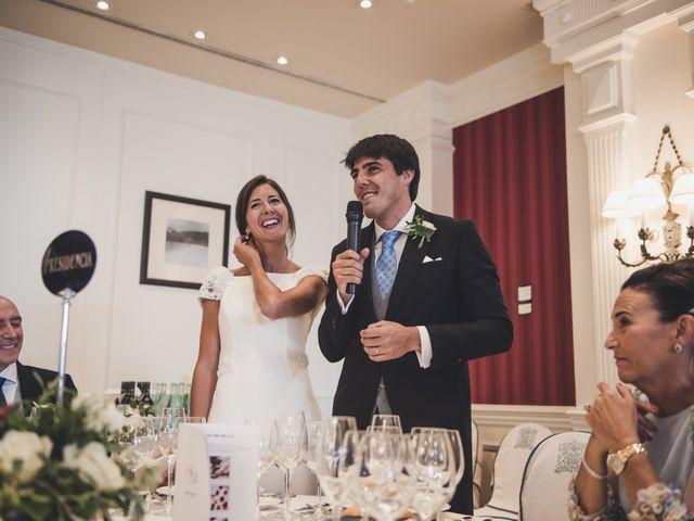 La boda de Borja y Amaia en Donostia-San Sebastián, Guipúzcoa 42