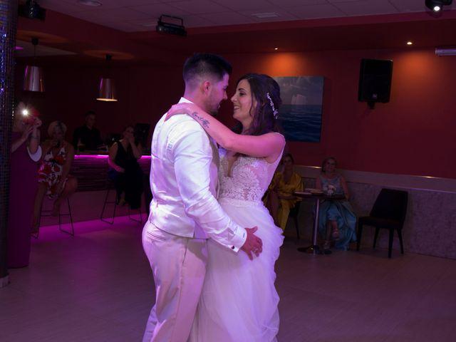 La boda de Adrian y Cristina en Alhaurin De La Torre, Málaga 15