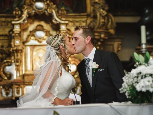 La boda de Javi y Laura en Zaragoza, Zaragoza 22
