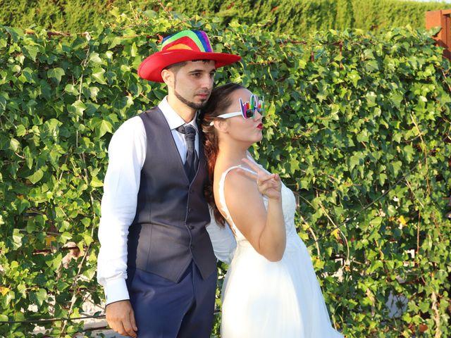 La boda de Angel y Denisa en Ulldecona, Tarragona 27