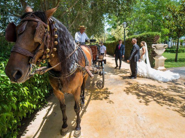 La boda de David y Laura en Yunclillos, Toledo 14