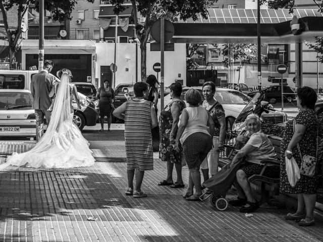 La boda de David y Laura en Yunclillos, Toledo 37