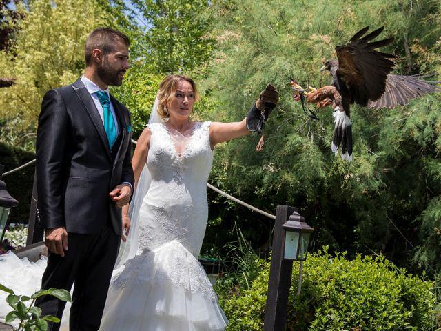 La boda de David y Laura en Yunclillos, Toledo 41